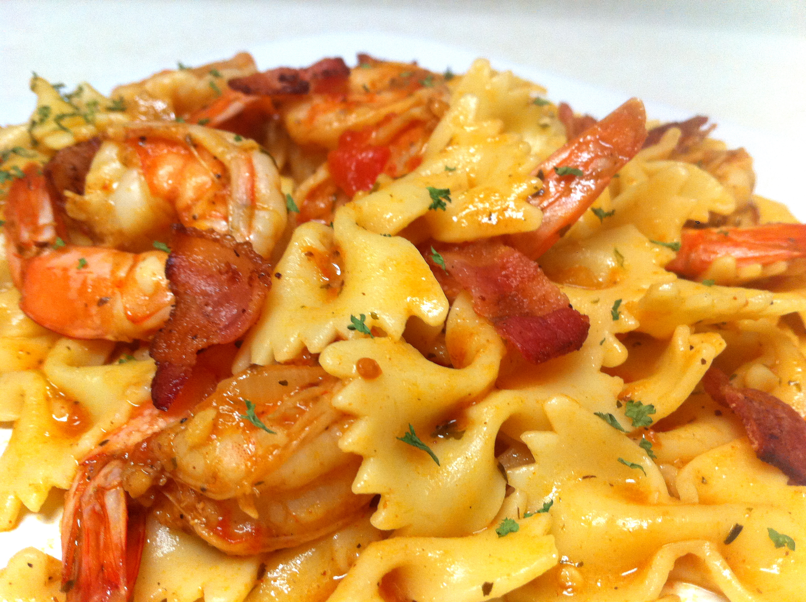 Bow Ties in Light Tomato Sauce with Shrimp and Bacon | IamSimplyTia